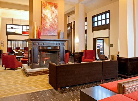 Hampton Inn - Suites Nashville-Vanderbilt-Elliston Place - Lobby