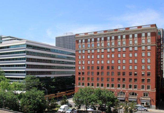 Renaissance Des Moines Savery Hotel Вид снаружи