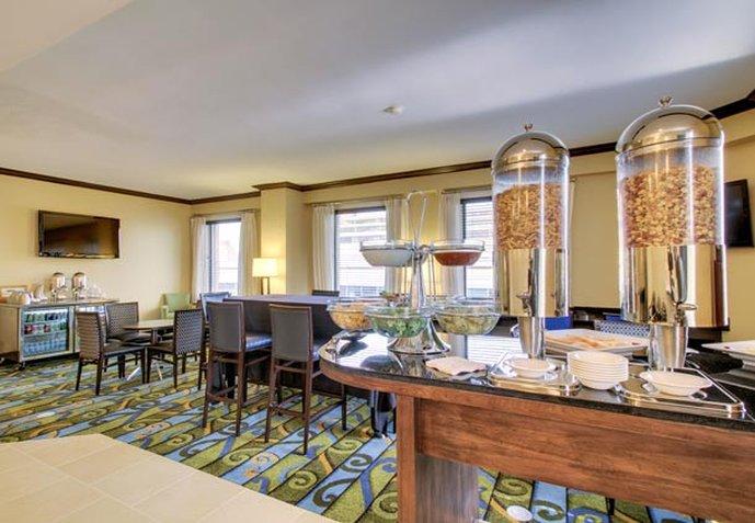 Renaissance Des Moines Savery Hotel Прочее