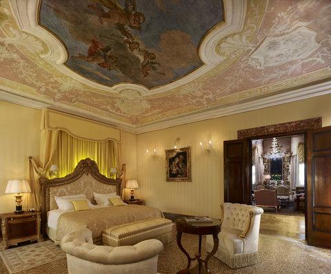 فندق دانييلي - Doge Dandolo Royal Suite - Bedroom