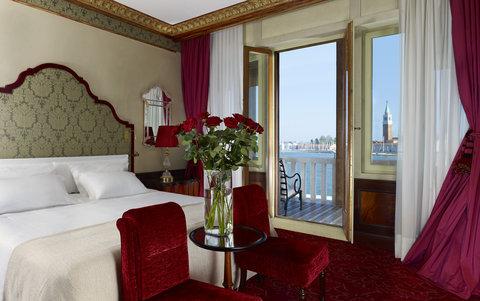 فندق دانييلي - Luxury Lagoon View Room