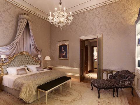 فندق دانييلي - Historical Suite - Bedroom