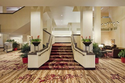 Hilton Fort Wayne at the Grand Wayne Convention Center - Lobby Staircase