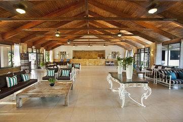 Viva Wyndham Fortuna Beach Hotel - Lobby