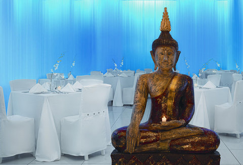 Viva Wyndham Fortuna Beach Hotel - Bambu Restaurant
