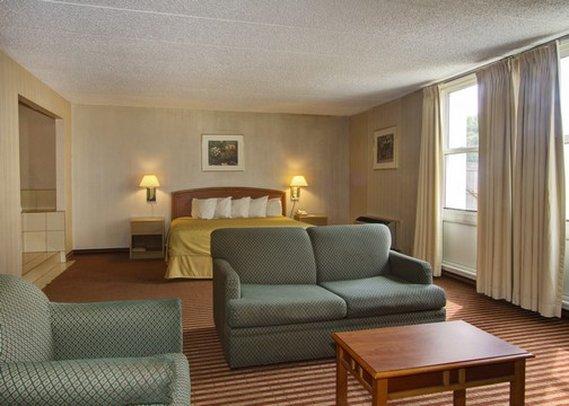 Quality Inn - Wickliffe, OH