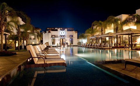Las Terrazas Resort and Residences - Night view of O Restaurant