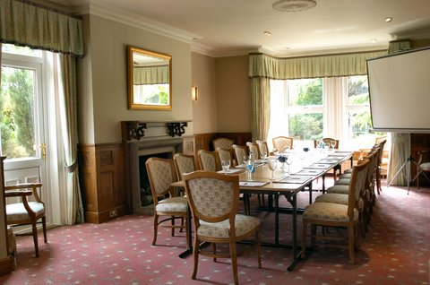 Duxford Lodge Hotel - Meeting room