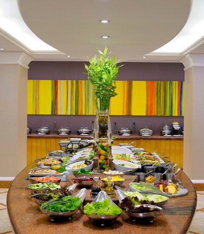 فندق ماريوت الرياض - Mosaic Mediterranean Restaurant Buffet