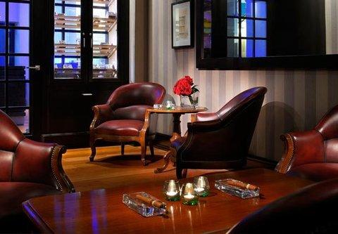 فندق ماريوت الرياض - Cigar Lounge