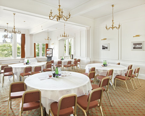 Thistle Aberdeen The Caledonian - The Terrace Meeting Room
