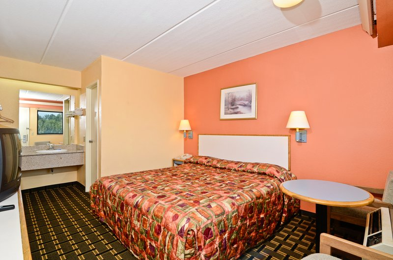Americas Best Value Inn - Memphis, TN