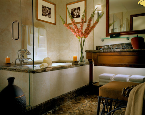 The Arrabelle at Vail Square - Arabelle Bathroom