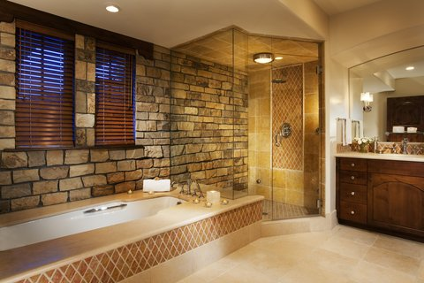 The Lodge at Vail - Chalet Bathroom