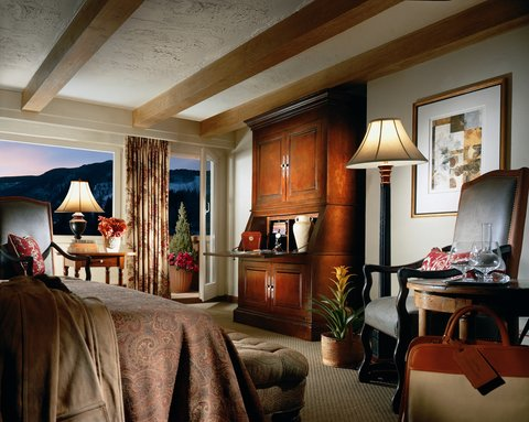 The Lodge at Vail - Guest Room
