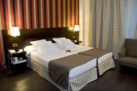 BEST WESTERN Hotel Conde Duque - Twin Guest Room