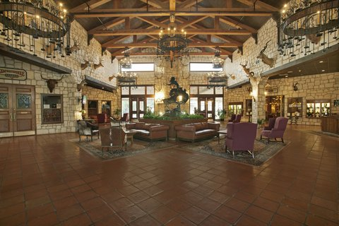 YO Ranch Hotel and Conference - Hotel Lobby