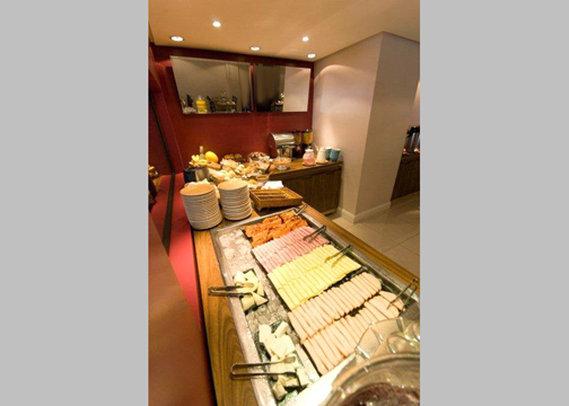 Comfort Inn Centro Administrativo Gastronomie