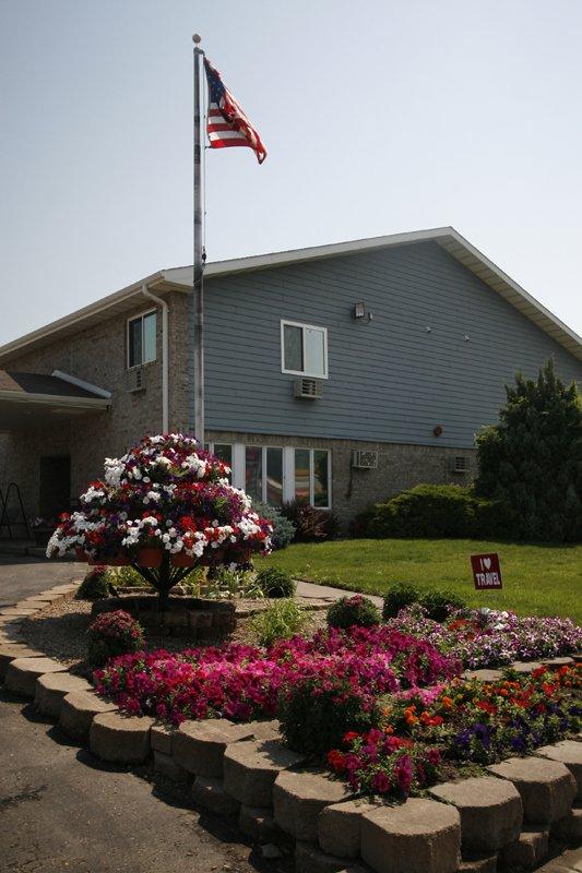 Governor's Inn - Pierre, SD
