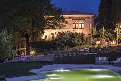 Villa Armena - Garden with Swimming Pool