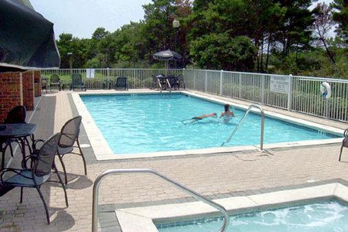 Country Inn & Suites Destin - Destin, FL