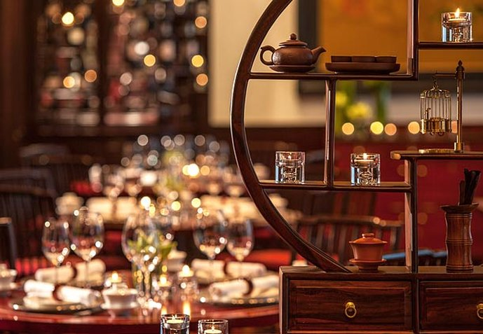 Renaissance Riverside Hotel Saigon Gastronomia