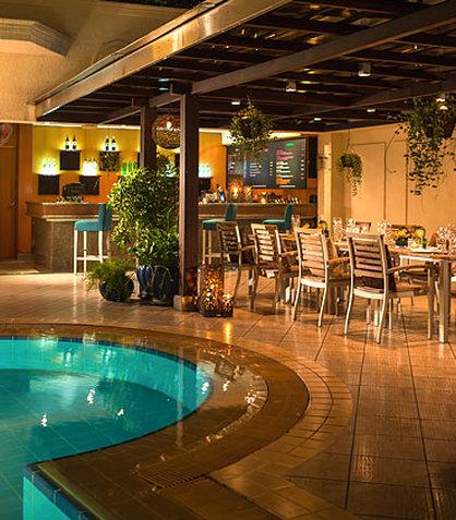 Renaissance Riverside Hotel Saigon Bar/lounge