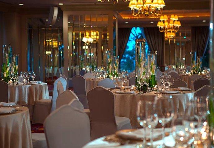 Renaissance Riverside Hotel Saigon Outros