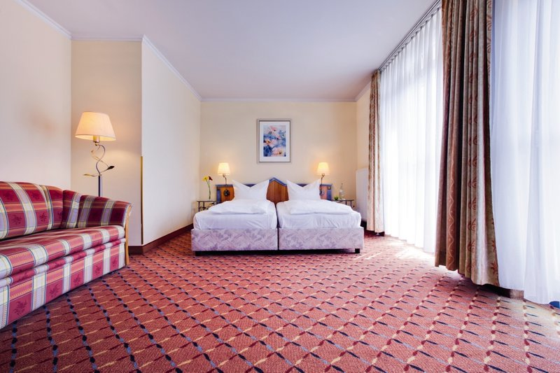 Park Inn by Radisson München Frankfurter Ring Вид в номере
