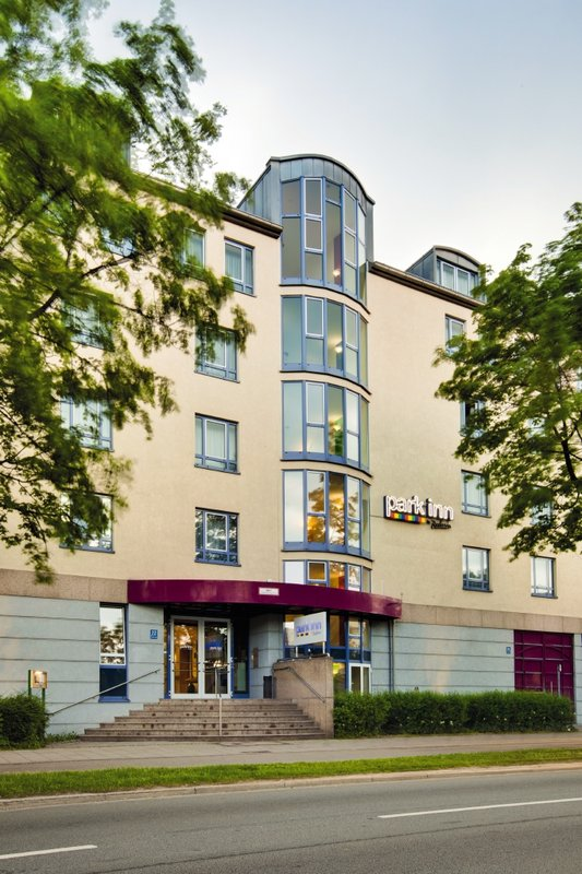Park Inn by Radisson München Frankfurter Ring Вид снаружи