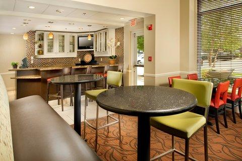 Hilton Garden Inn Chattanooga Hamilton Place - Dining Area