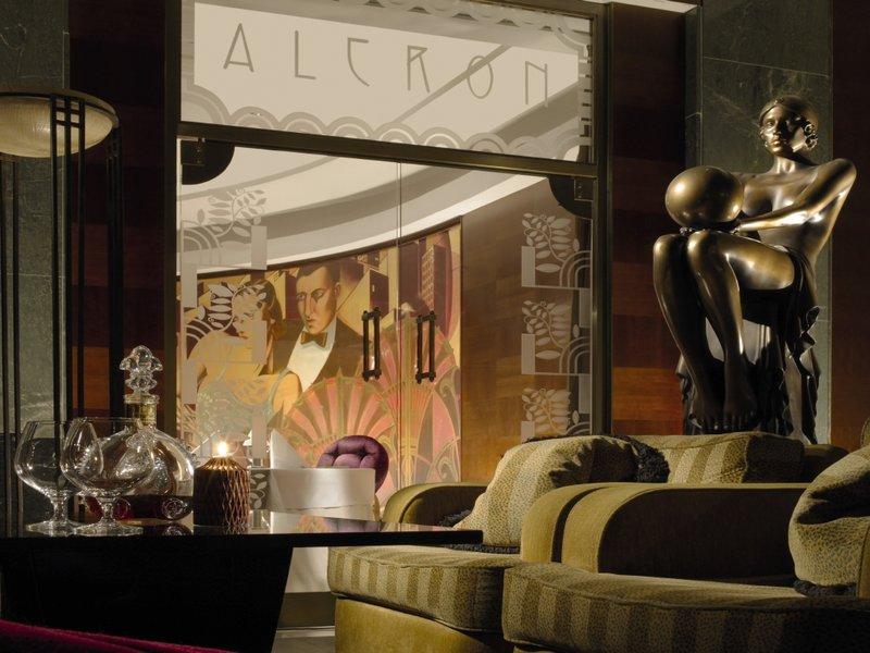 Radisson Blu Alcron Hotel Dış görünüş