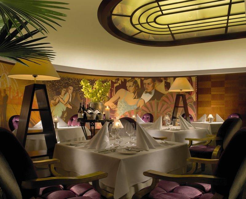 Radisson Blu Alcron Hotel Gastronomi