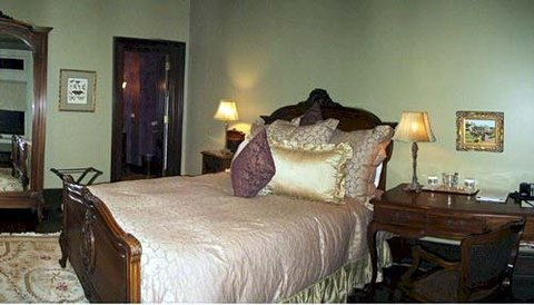 The Wheeler Mansion Hotel - Guest Room