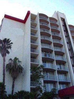 Ramada Inn - Santa Ana, CA