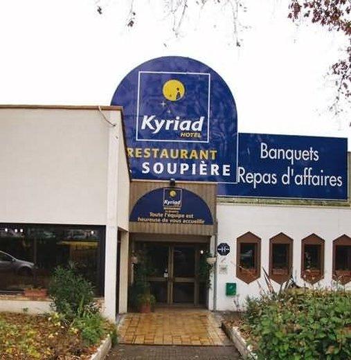 Kyriad la Roche Sur Yon Außenansicht