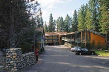 Inn At Incline