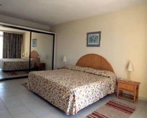 Pestana Gardens Hotel - Guest Room