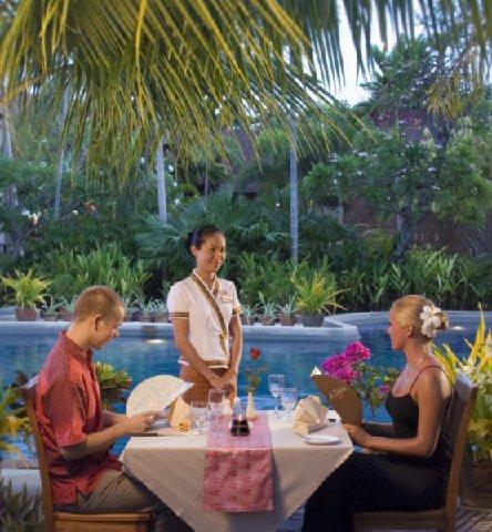 Phuket Orchid Resort - Pool Dining