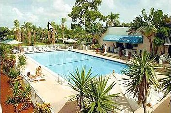 Holiday Park Hotel And Suites Deerfield Beach Hotels