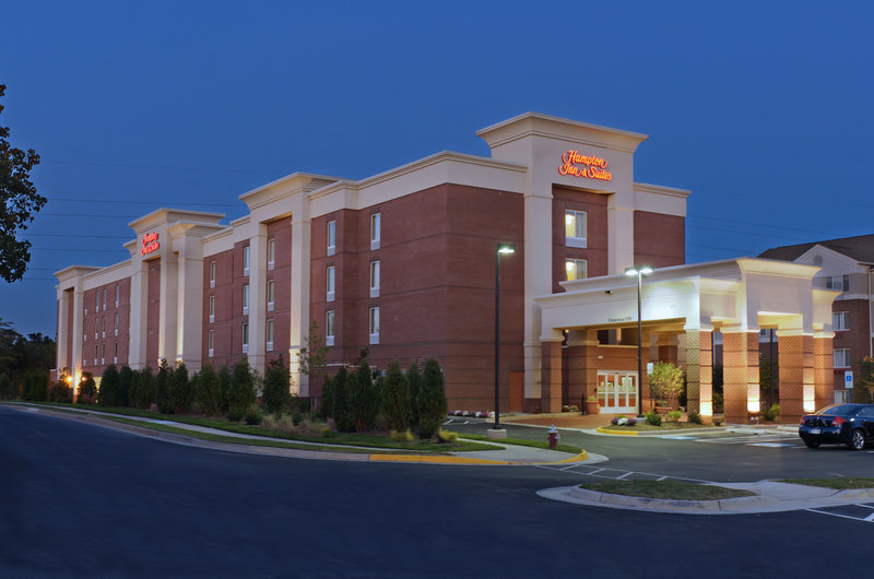 Hampton Inn & Suites Herndon Reston