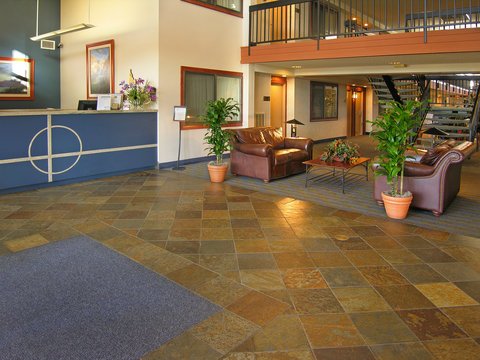 BEST WESTERN Vista Inn at the Airport - Lobby