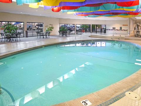 BEST WESTERN Vista Inn at the Airport - Indoor Pool