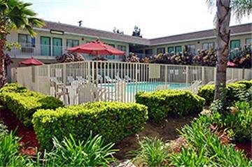 Motel 6 - Temecula, CA