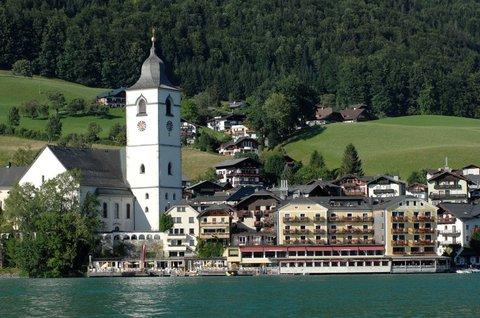 Romantik Hotel Im Weissen Roessl - Exterior View