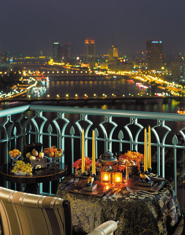 Four Seasons Cairo at Nile Plaza - CAI Dining