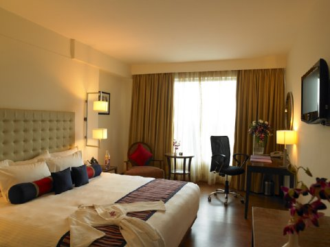 Royal Orchid Central - Club Room