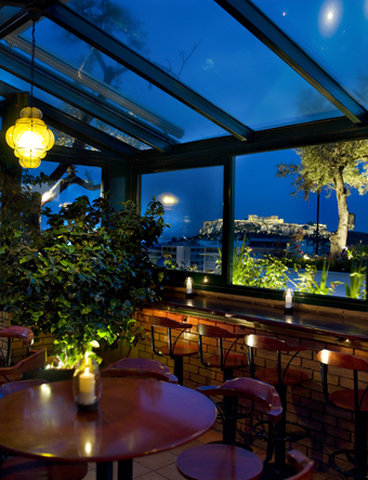 Titania Hotel - Olive Garden night