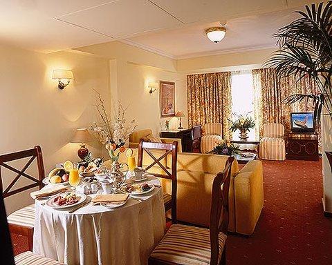 Titania Hotel - Suite