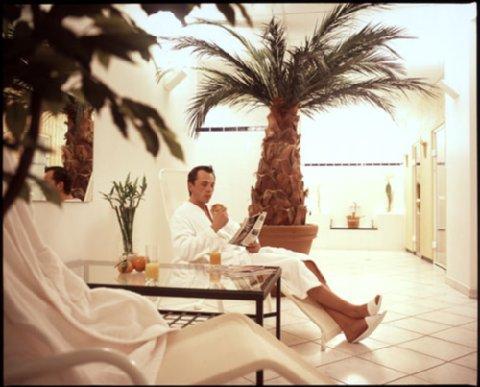 The Suite Hotel - sauna